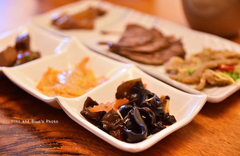 金門旅遊景點美食小吃伴手禮良金牛肉麵乾14