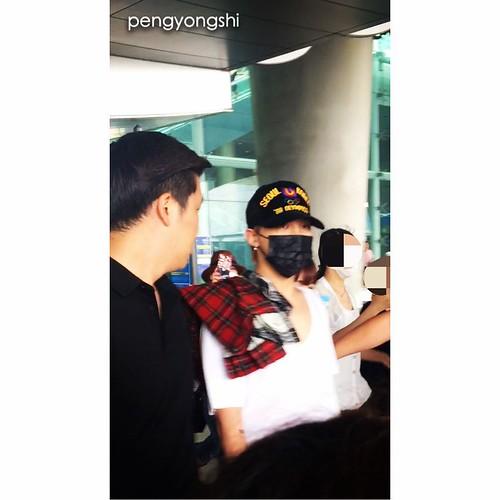 BIGBANG departure to Shenzhen 2015-08-07 (4)