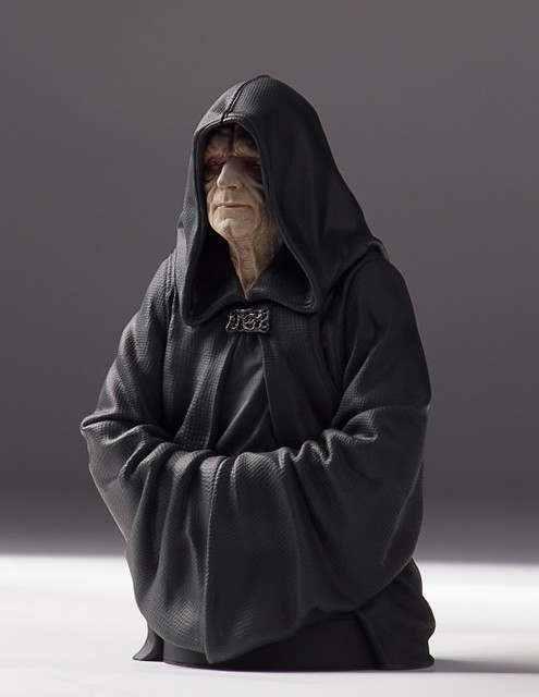 [Gentle Giant] Star Wars - Emperor Palpatine 1/6 Mini Bust 16948371277_21a9ec9f42_z