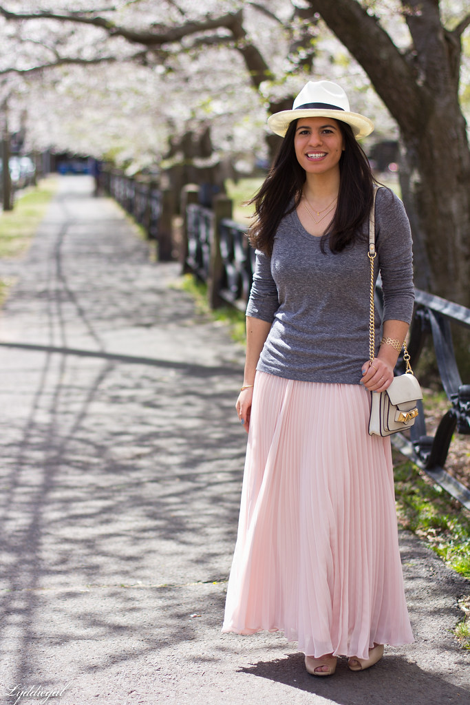 pleated maxi skirt, grey tee, panama hat-7.jpg