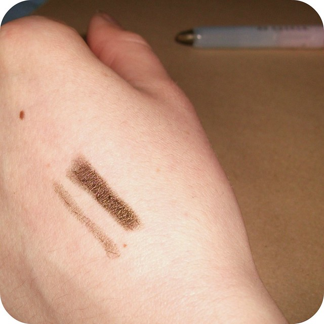 Born Pretty Crystal Bright Eyeshadow 19 Swatch