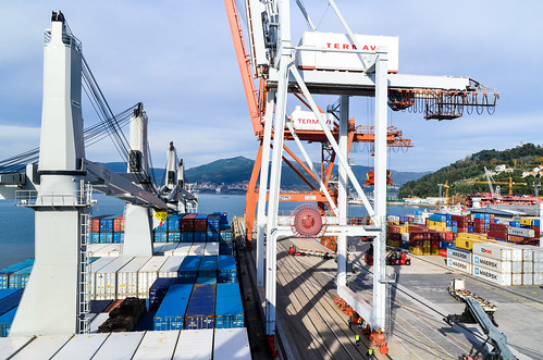 Container terminal, port of Vigo