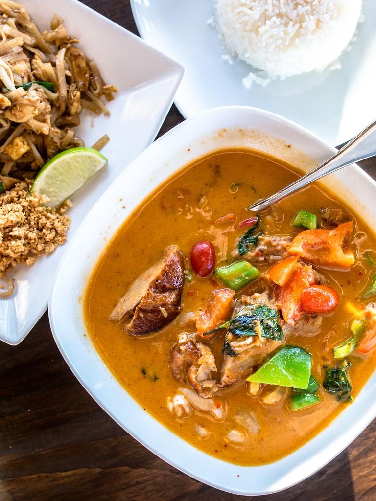 Kub Khao Thai Eatery