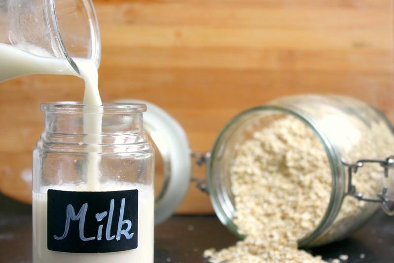 Oatmeal milk