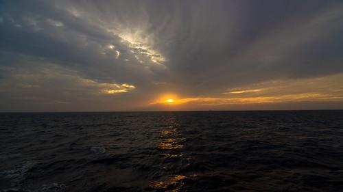 ocean sunset sea sky orange clouds landscape thailand phiphi sundown phuket 风景 自然 日落 天空 andaman 景色 海洋 泰国 普吉岛 大海 乌云 皮皮岛 安达曼海