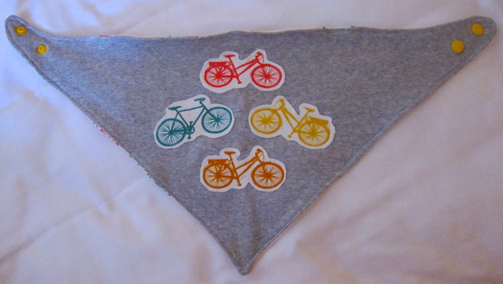 Reversible handkerchief bicycle bib flat view