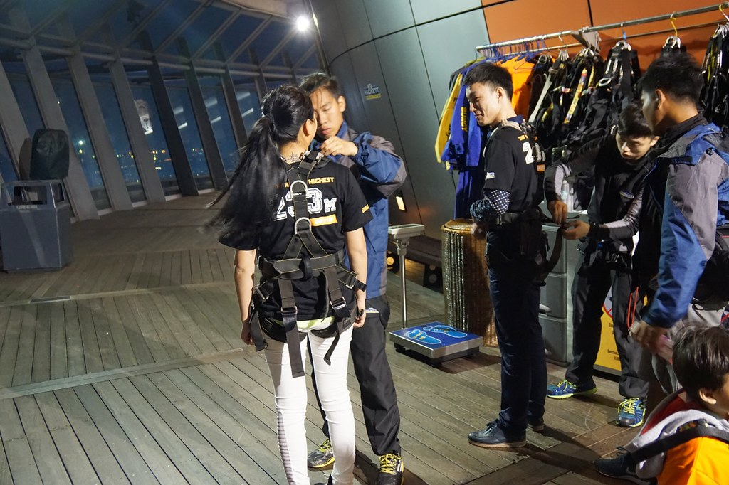 Macau Tower - sightseeing - bungee jumping-006