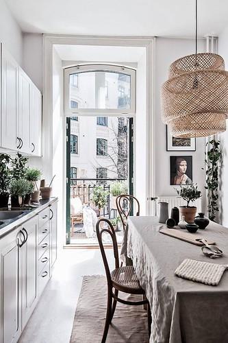 10-luminoso-balcón-y-cocina