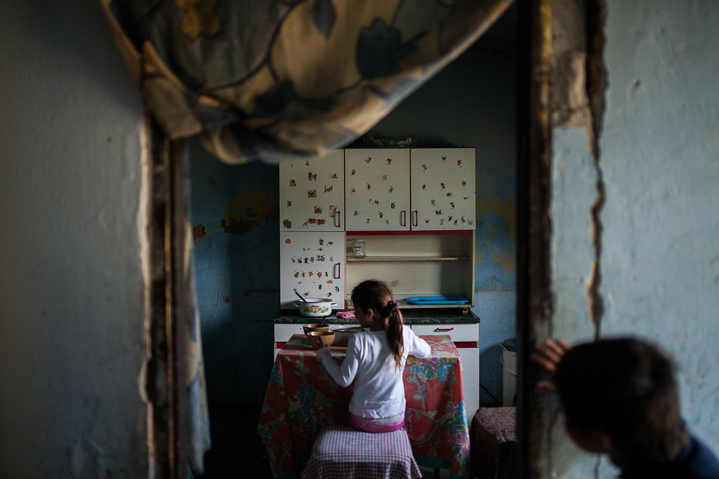 Bea egyedül neveli négy gyermekét, a bablevesbe ezen a napon egy krinolin és egy kis darab szalonna jutott húsnak | Fotó: Magócsi Márton