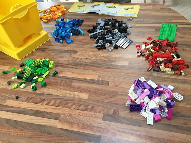 classic lego instructions 10698