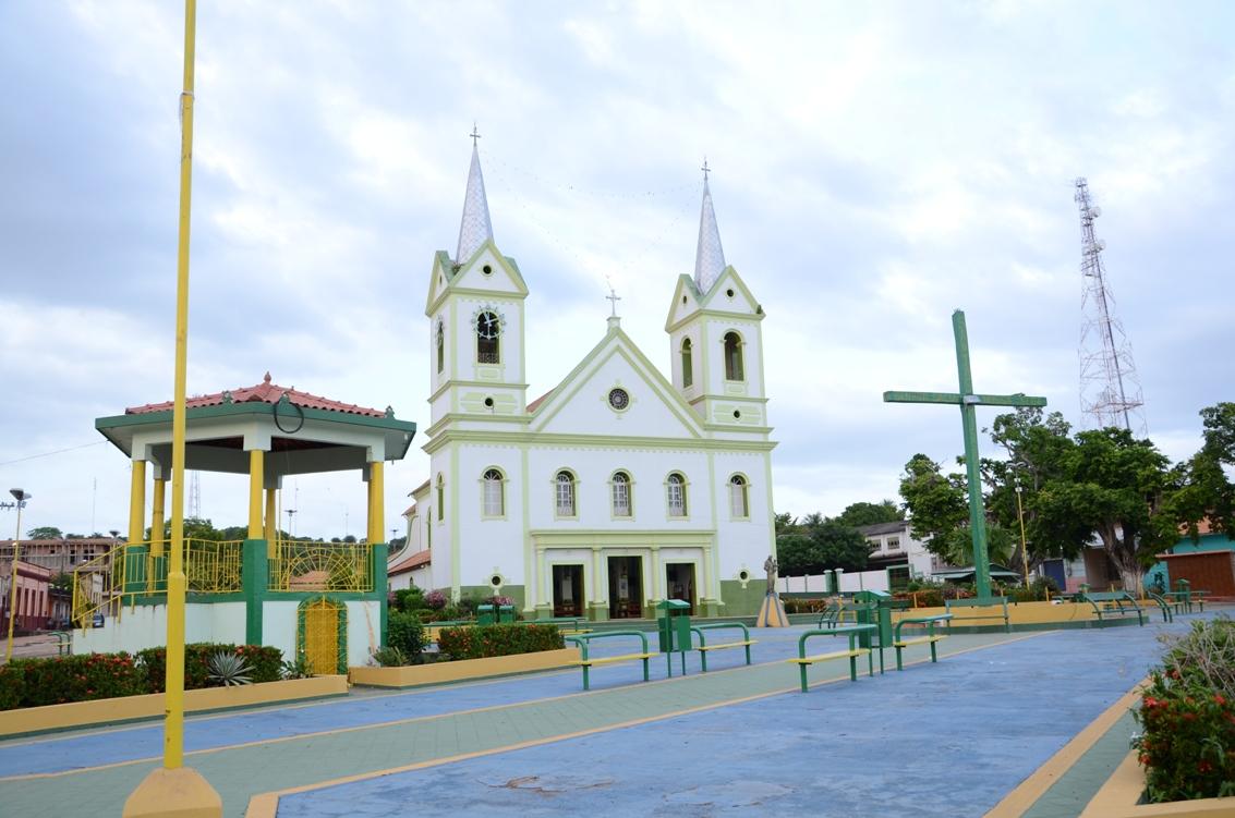 Onde e como Alenquer gastou os R$ 14 milhões que recebeu para Saúde em 2017, STO Antonio, igreja, Alenquer
