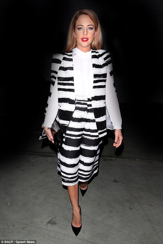 Lavish-Alice-black-and-white-distorted-stripe-collarless-cape-blazer-zebra-print-culottes-collarless-shirt