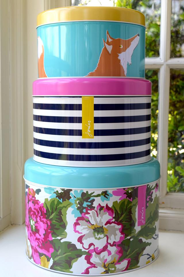 Joules Cake Tins
