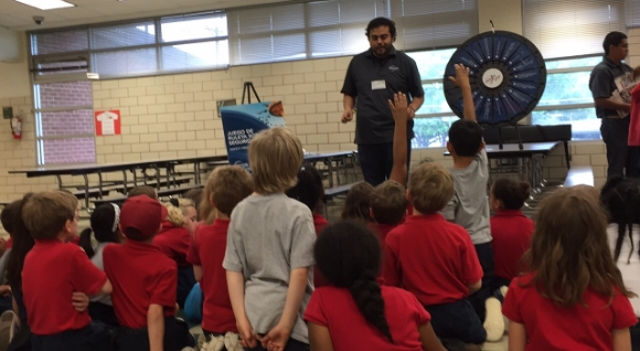 Cuídate Program Prepares Kids for Storms, Promotes Electrical Safety