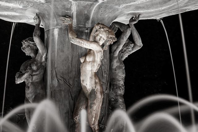 Fuente de las Granadas. Detalle