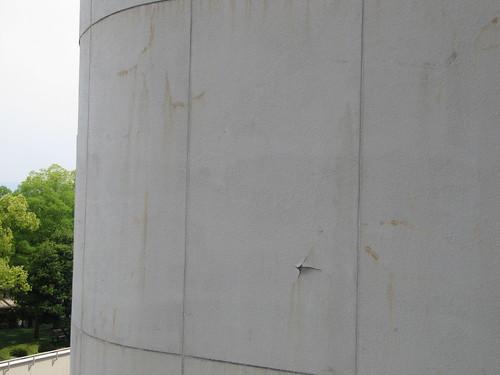 京都競馬場の壁面