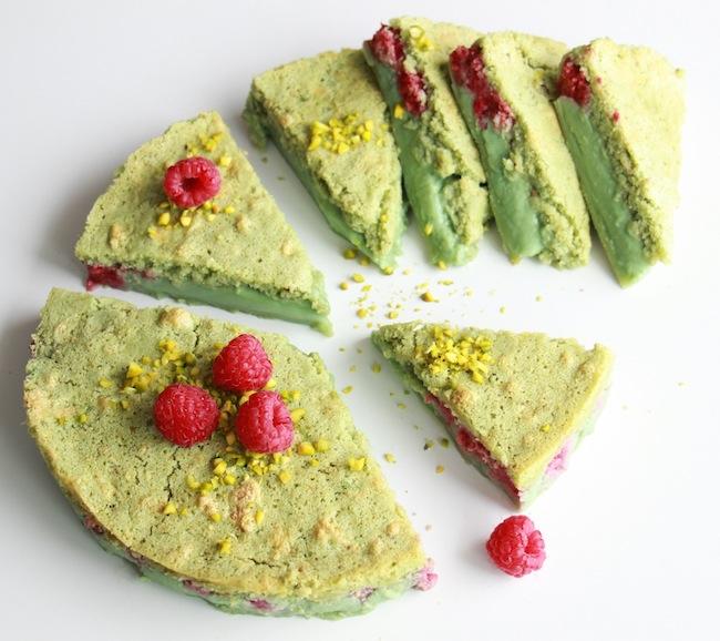 Gâteau_magique_pistache_framboise_la_rochelle_24