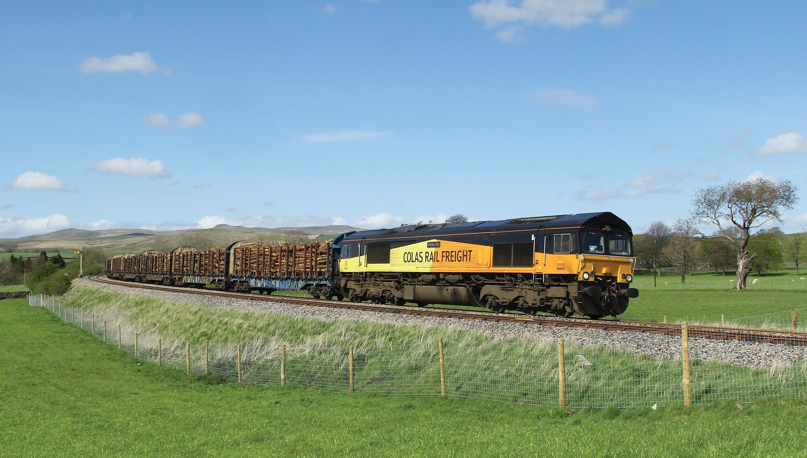 66849 'Wylam Dilly' @ Goosemere Height, Hellifield