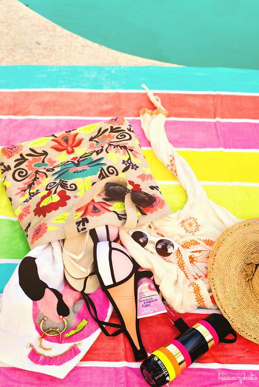 pool bag essentials  #BritaOnTheGo