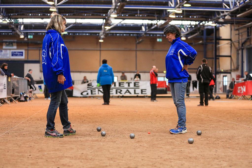 Sports boules p tanque for Regle de la petanque provencale