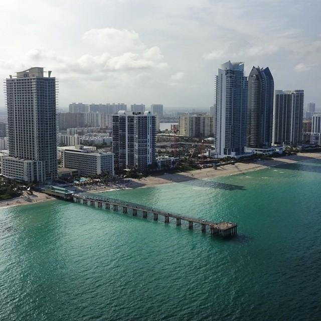 Newport fishing pier in sunny isles beach florida lovefl for Miami fishing piers