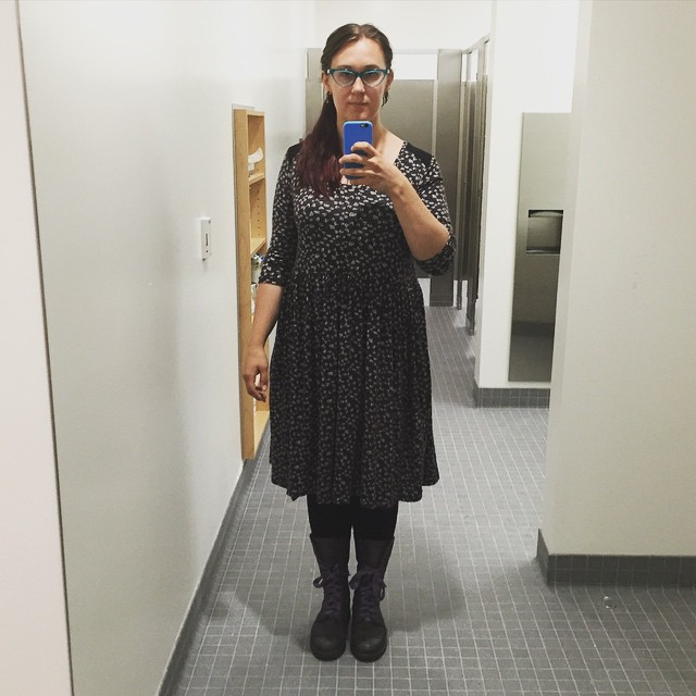 New dress! One of several things I made on Saturday. It's a #deeranddoe #plantaintee hack from a knit I bought at #avfkw. I love how easy these are to throw together! Sadly, I missed the #seamallowance meeting last night and wasn't able to show it off. I'