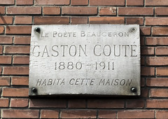 Photo of White plaque number 39483