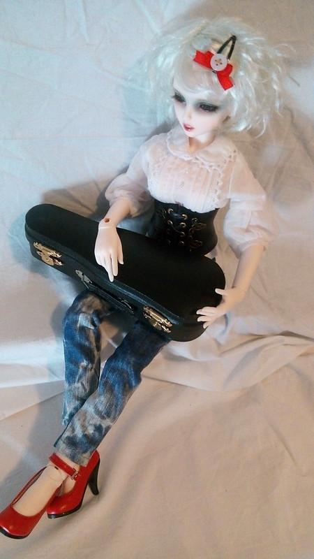 Dark ladies - Carmen, petite sorcière p.16 - Page 4 17354352345_83cbd43b08_c