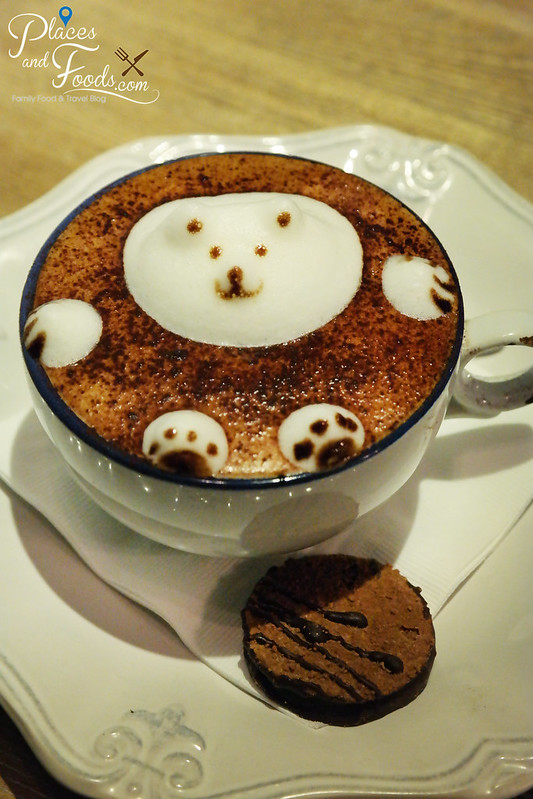 chill cafe macau 3d art polar bear