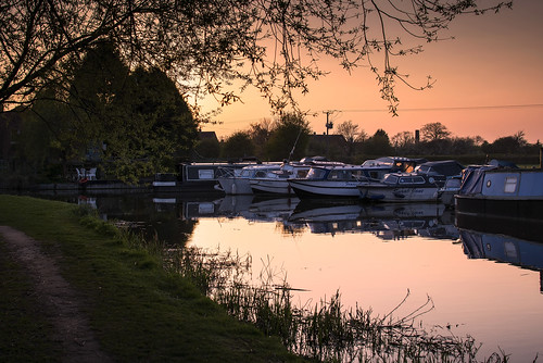 sunset red sky water 35mm evening boat canal spring twilight nikon peaceful april derby canalboat shardlow explored d7100