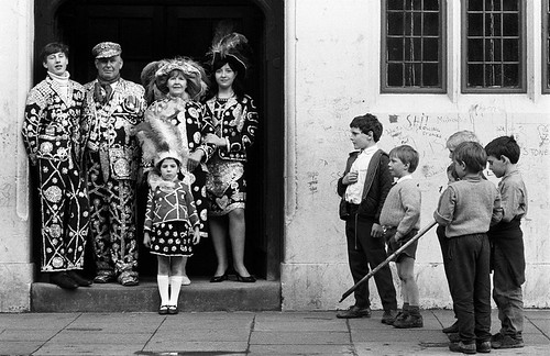 Patrick Ward Pearlie Family, East London ,  1977 © Patrick Ward Courtesy of the  artist