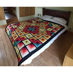 art(1.0), duvet cover(1.0), bed frame(1.0), textile(1.0), furniture(1.0), linens(1.0), bed sheet(1.0), bed(1.0),