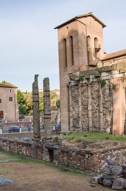 20150518-Rome-Roman-Ghetto-0381