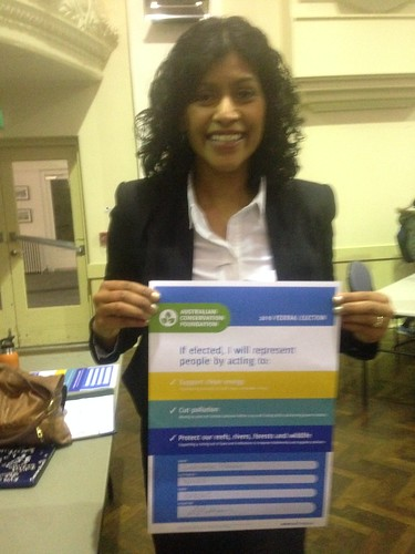 Samantha Ratnam (The Greens) signing ACF climate pledge at Wills2016 climate forum