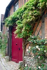 Porte cochère rue du Logis-du-Roy