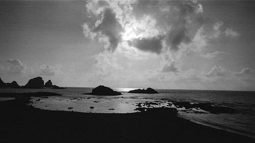 ocean sunset sea blackandwhite bw orchid film beach analog 35mm island bay nikon no taiwan analogue agfa tao nikonfm2 chin dong fm2 lanyu nikonfm2n 135film pongso jaredyeh hiphopmilk