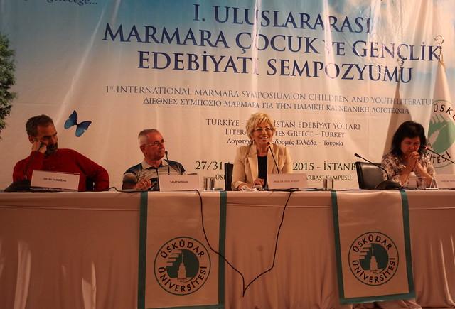 Türk ve Yunan yazarlar gençlerle buluştu