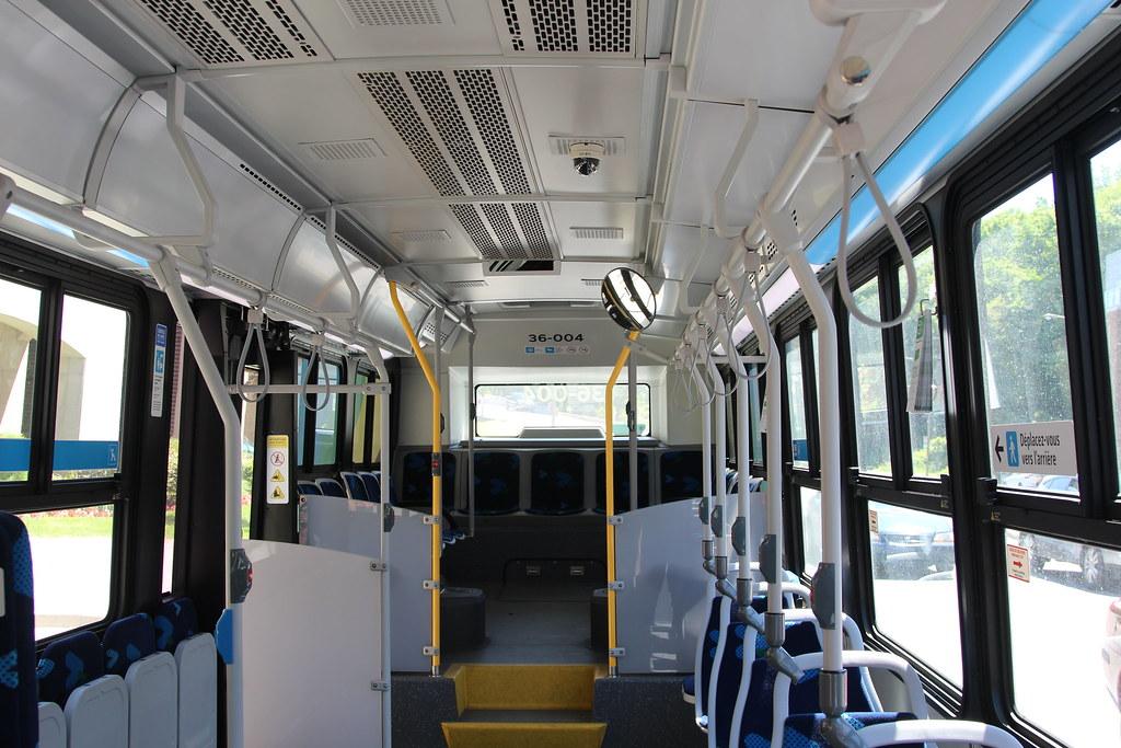 STM Nova Bus LFS HEV 36-004 interior