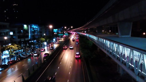 ภาพถ่ายตอนกลางคืนโดย ZTE Blade v7 Lite
