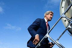 U.S. Secretary of State John Kerry, after making the first visit of a Secretary of State to Somalia, boards his aircraft at Mogadishu Aden Abdulle International Airport in Mogadishu, Somalia, on May 6, 2015, after meetings with Somali President Hassan Sheikh Mohamud, Prime Minister Omar Abdirashid Ali Sharmarke, Somali regional leaders, members of Somali civil society, and U.S. Special Representative for Somalia James McAnulty. [State Department Photo/Public Domain]