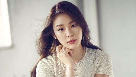 Yuna graces cover of Allure Korea