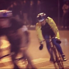 My #flashback Friday is at 1st #redhookcrit in Milan in oct 2010. It was so amazing, fresh, new. Everyone was galvanized by this new #cycling era born in that night. I was there riding and old steel frame, and you? #rhcmln1 #fixedgear #fixedforum #oldscho