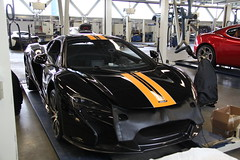 Striping McLaren 650S Spider