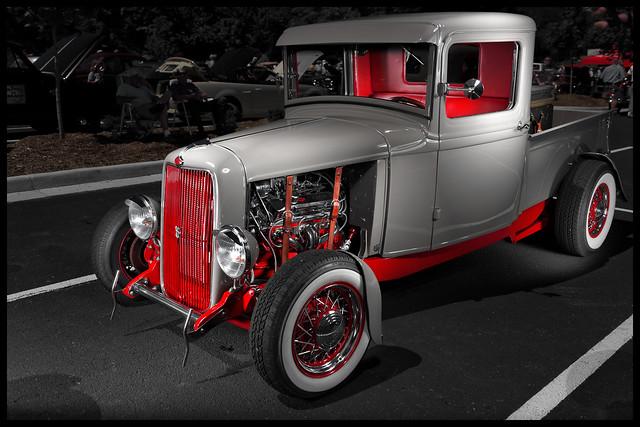 1934 Ford Custom Pickup (Strobe Photography)