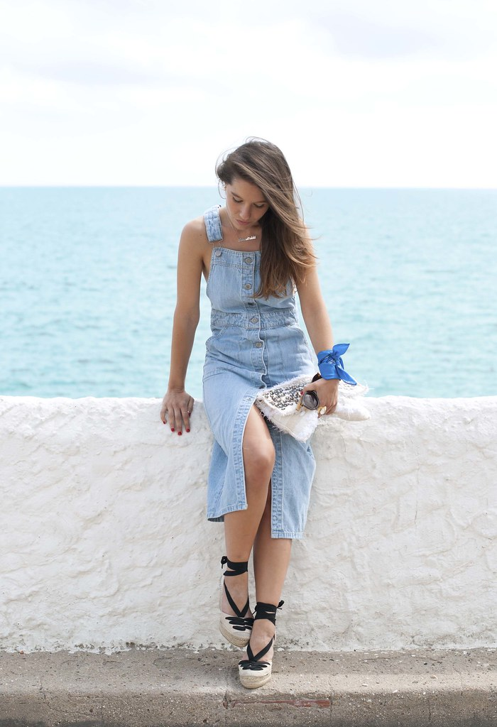 014_denim_overall_dress_bandana_touch