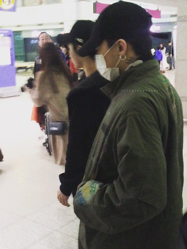 Big Bang - Incheon Airport - 27mar2016 - LionKissedDeer - 03