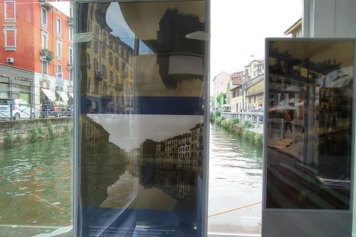 Intravedere il #Naviglio dalle foto in #mostra by Ylbert Durishti