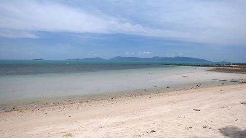 今日のサムイ島 5月25日 3人しかいないバンタイビーチ