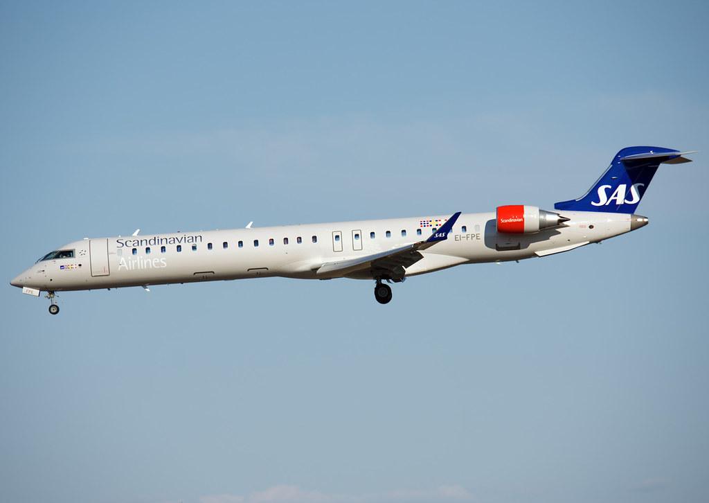EI-FPE - CRJ9 - SAS