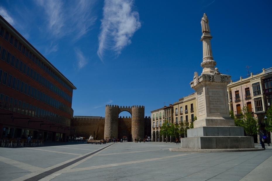 lara-vazquez-mad-lula-style-look-avila-streets-trips-madlula